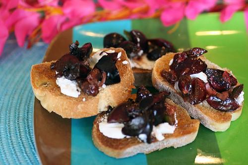 Cherry Jalapeno Relish on Goat Cheese Crostini