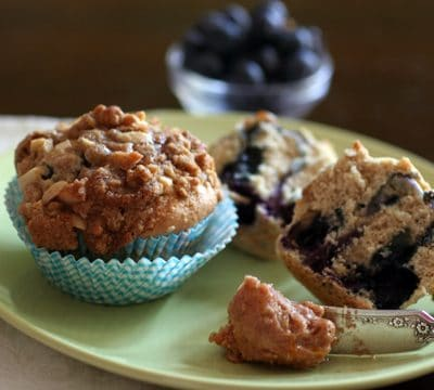 cinnamon sugar blueberry muffins with streusel topping