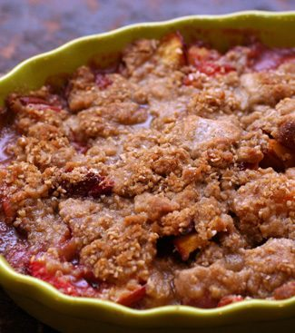 strawberry nectarine crumble
