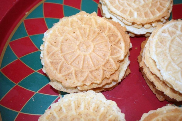 Italian Pizzelles: One family's tradition