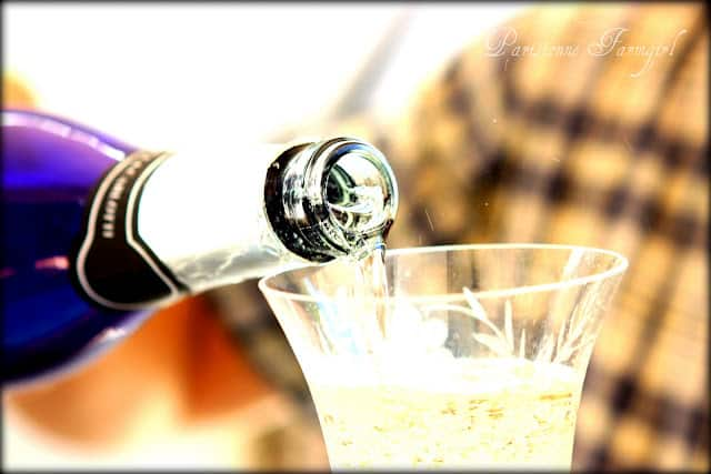 pouring the bubbly