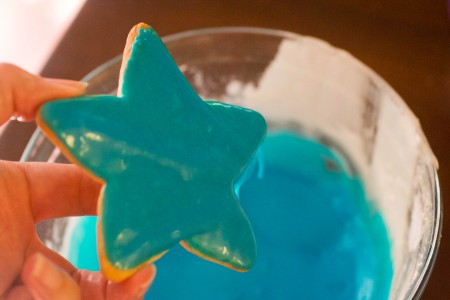 star cookies frosted