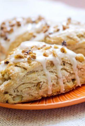 cinnamon-apple-scone-with-apple-cider-glaze