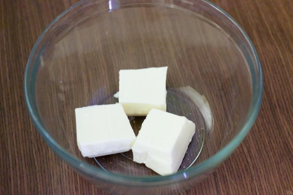 white chocolate eggnog tarts