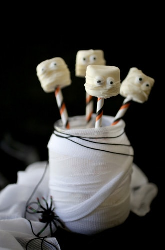 halloween-marshmallows-mummy2-330x500
