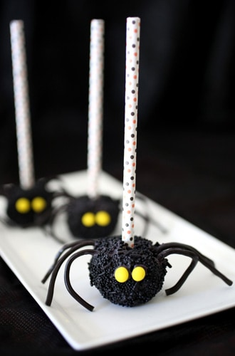 halloween-marshmallows-spider-black-330x500