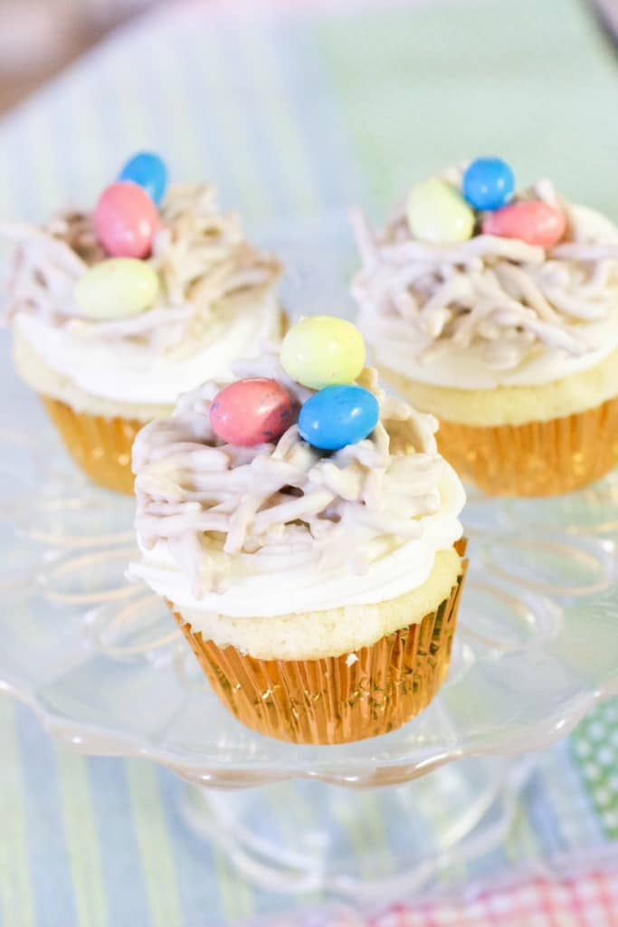 Easter Birds Nest Cupcakes