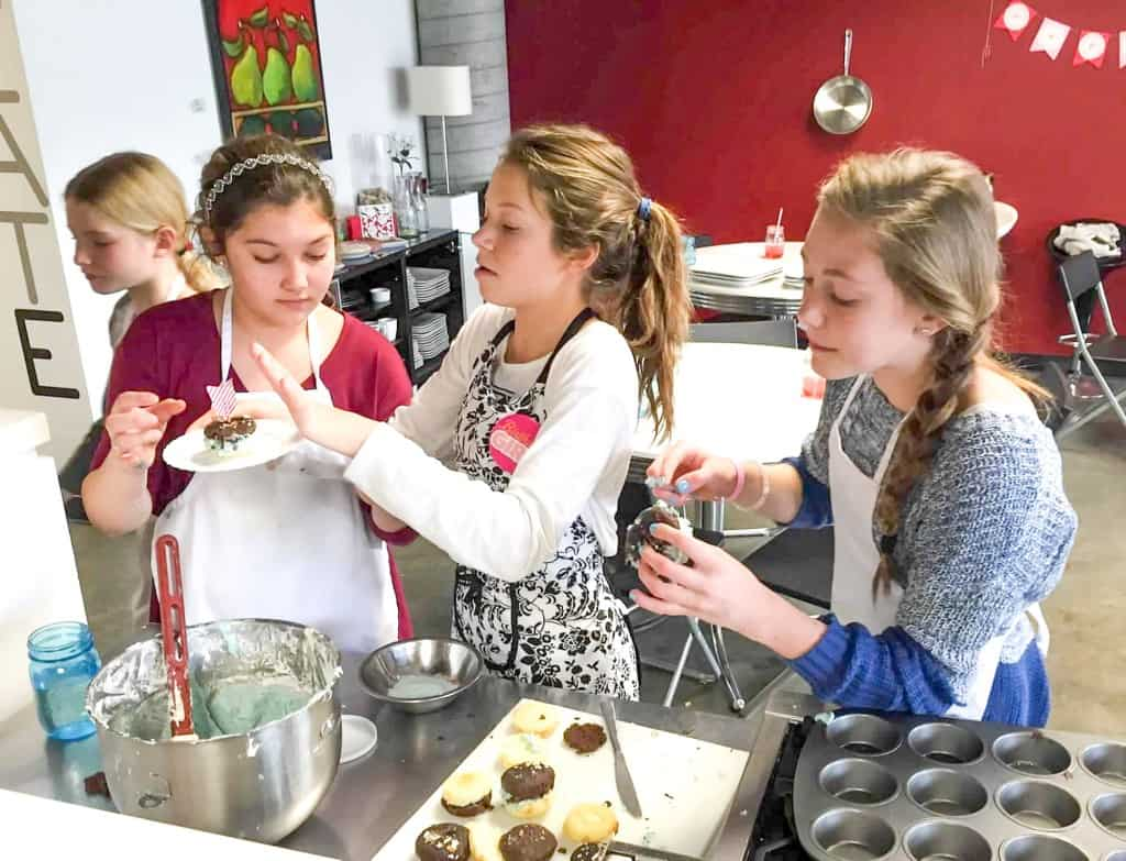 Cupcake Wars Cooking Party 5