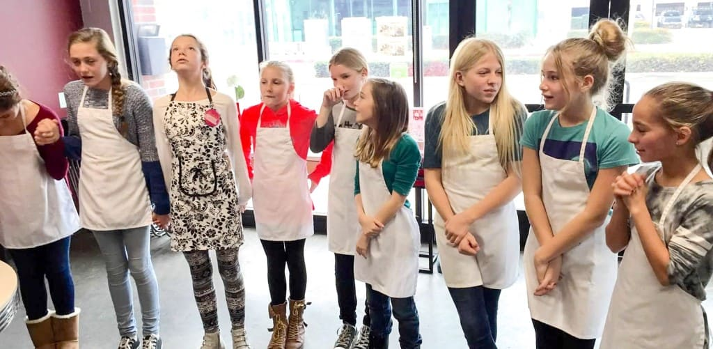 Cupcake Wars Cooking Party 11